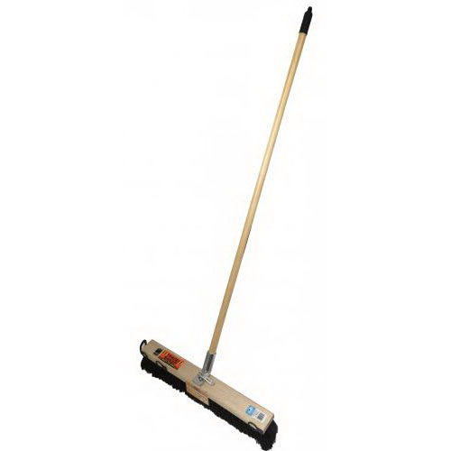 Trade Sweep 30BHJ Bolt Hole Platform Broom Complete 762mm Wooden Handle PR803SBH