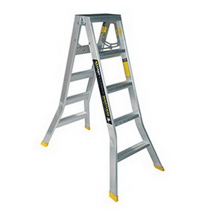 Warthog Double Sided Ladder 1.5m