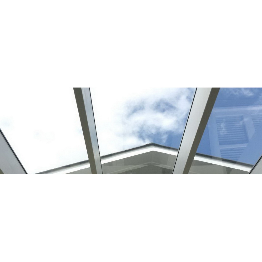 CLEARVUE Roofing Panel 3700 x 586 x 6mm Grey CLV-06.0-GRY-3700X7