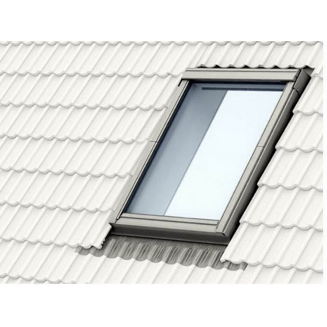 Velux EDW Flashing Kit For Metal/Tile Roofing Material EDW M06 0000A