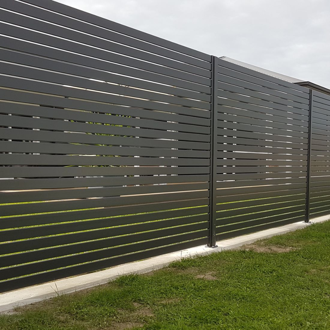 EliteFence 2400x1800mm Aluminium Slat Box Charcoal