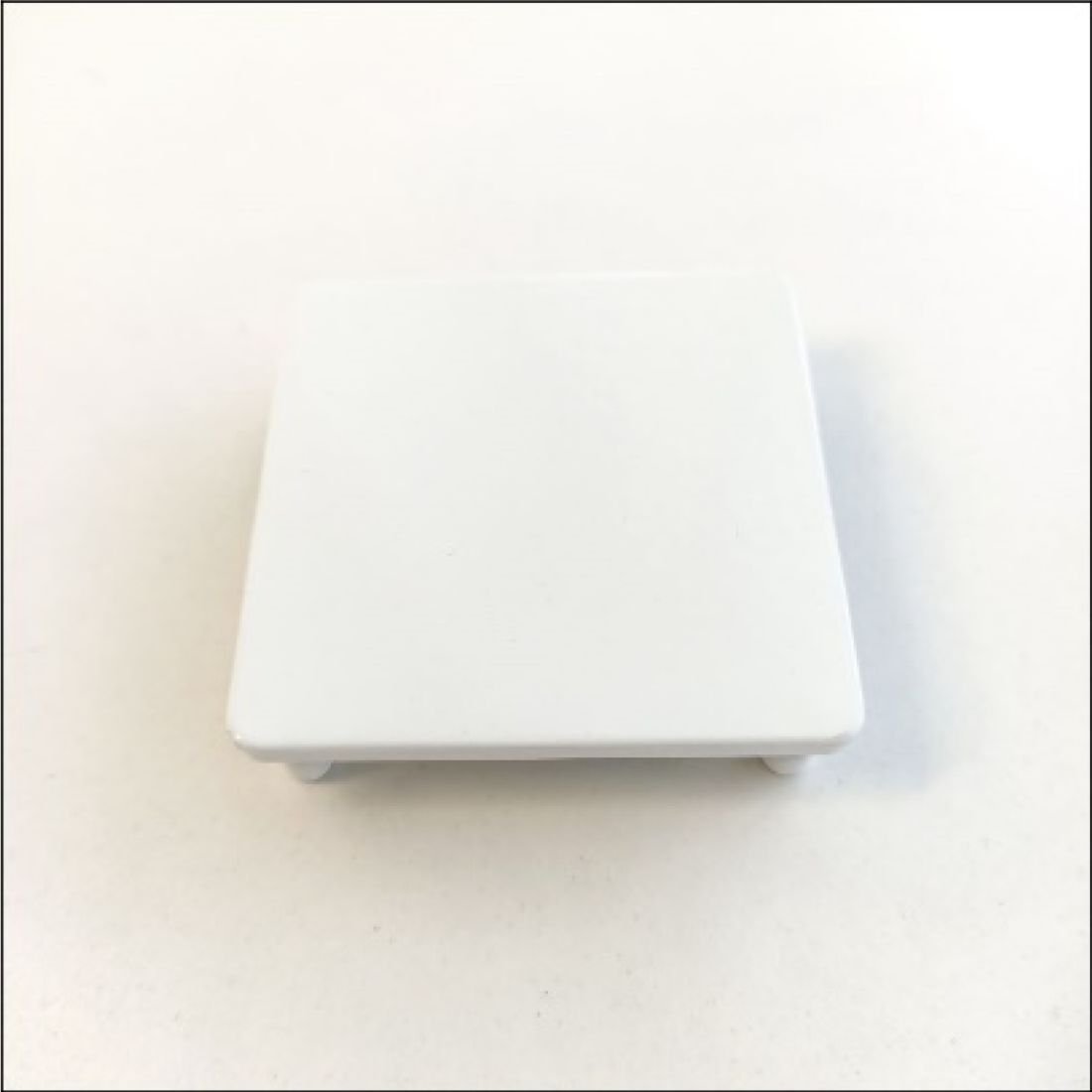 Top Cap White with Lugs for 65mm Post ELI-POST-WHT-CAP65