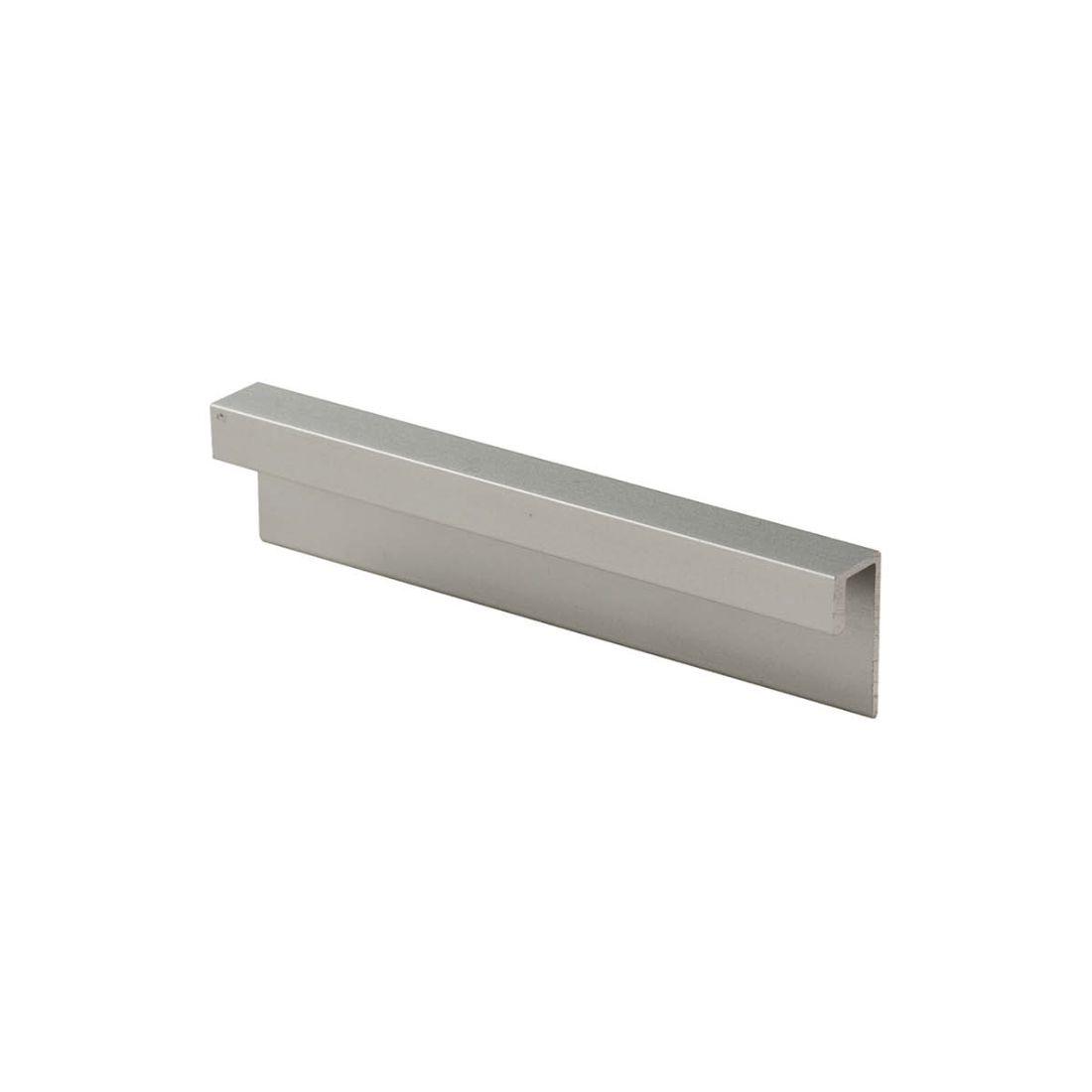 Aluminium End Cap Noir Kiss 2700 x 4.5mm