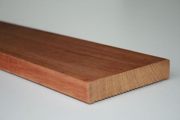 Kwila Griptread Decking FSC 150 x 25mm (140 x 19mm)
