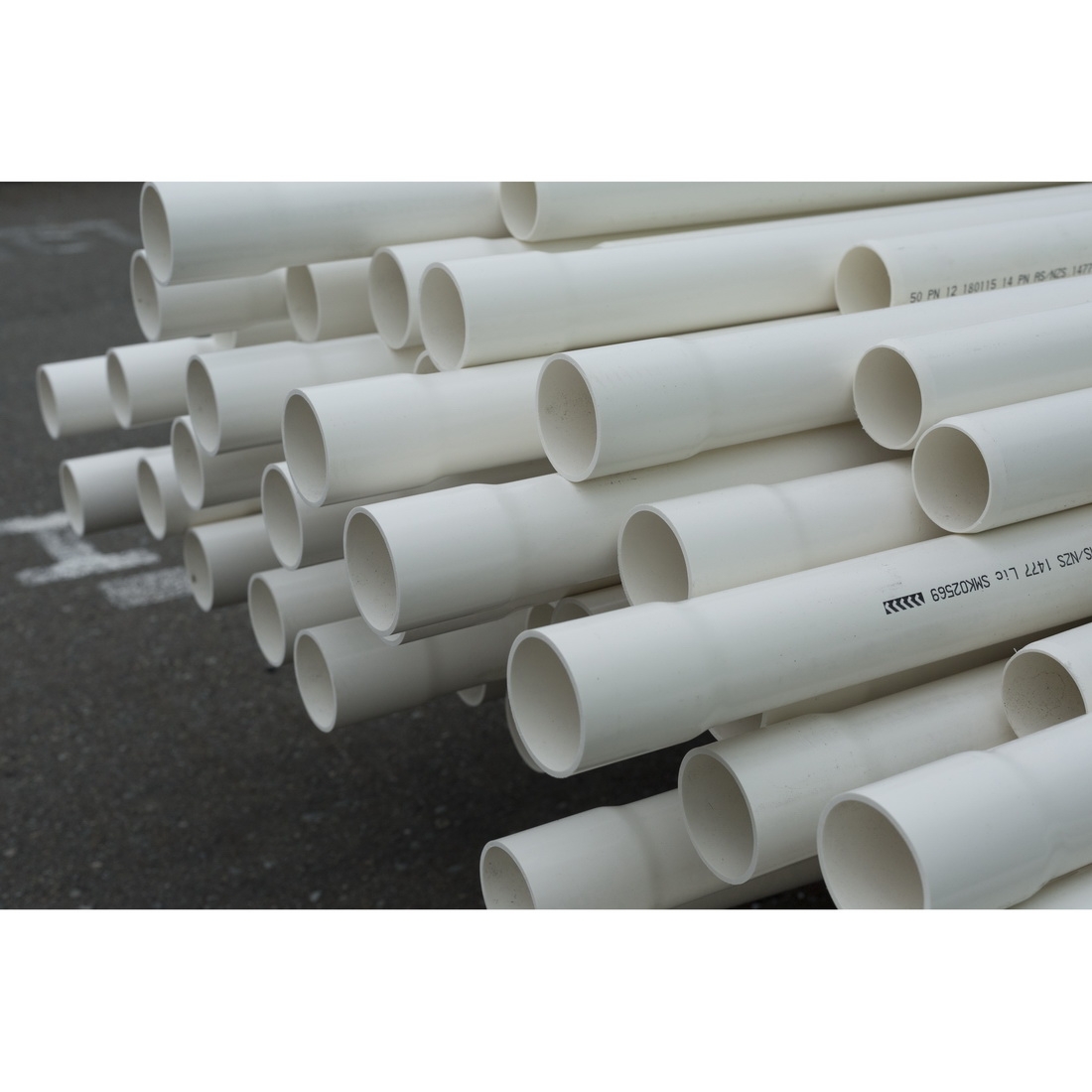 Iplex Novakey 1 Series Pressure Pipe 15 mm x 6 m PN15 Socketed One End uPVC White 800.15PN15.6 SOE